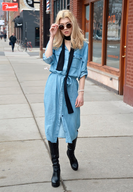 styling a skinny scarf with my shirtdress