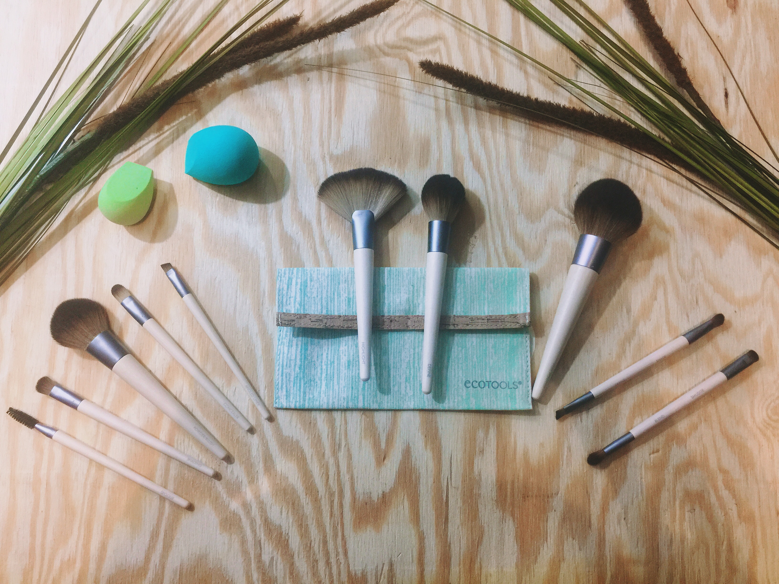 Tutorial Ignite Your Obsession With Ecotools At Ulta Eco Tools 1600 Full Powder Brush Makeup Brushes